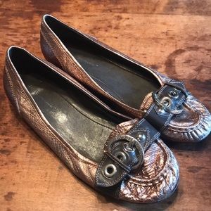 🍋BCBG Generation metallic loafers sz9.5